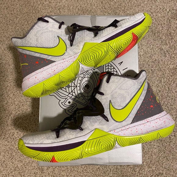 """Nike Other - Kyrie 5 """"mamba mentality"""" size 11"""